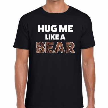 Hug me like a bear tekst t-shirt zwart heren